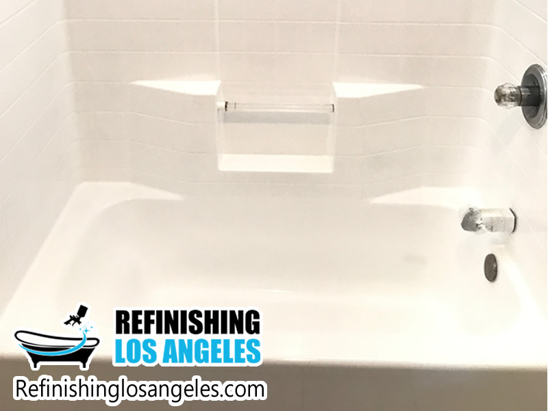 Examples of a Professional Refinish for Bathtubs and Sinks